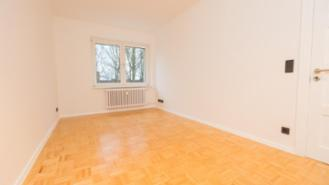 Central 5 rent with 2 baths in 10 min. in the city center