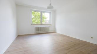 Rent rooms, 16 sqm, Unfurnished, 3 WG, Renovated apartment, the subway is in 200m distance
