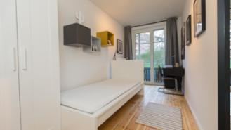 Shared flat-Rooms-furnished - 3-person shared flat-central-floorboards-Hamburg-Horn